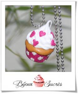 acheter cupcake chantilly rose pois blanc coeurs