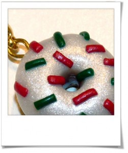 Breloque donut de Noël
